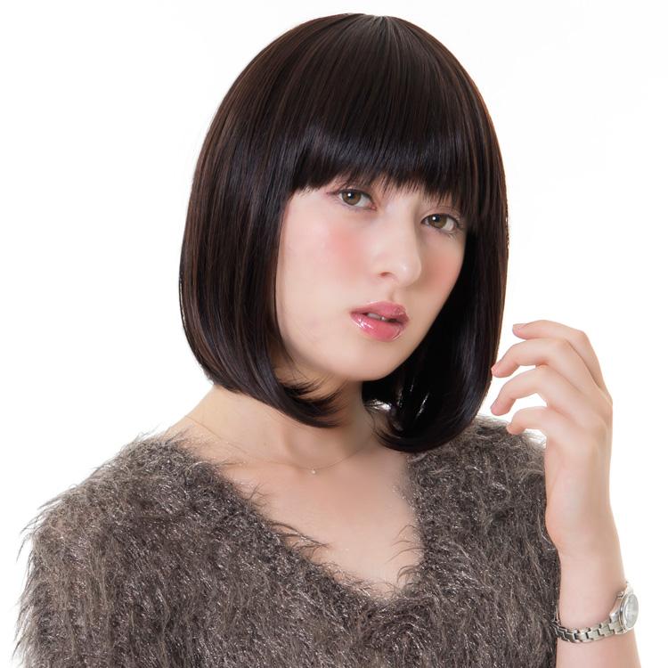 アクアドールのファッションフルウィッグ、「スイートショートボブウィッグ」のカラーSBKです。