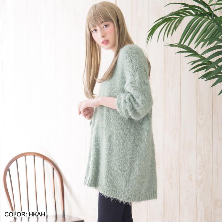 こちらのファッションウィッグは全体のボリュームを抑えめに調整し、扱いやすく。着用感も軽く、疲れにくくなっています。