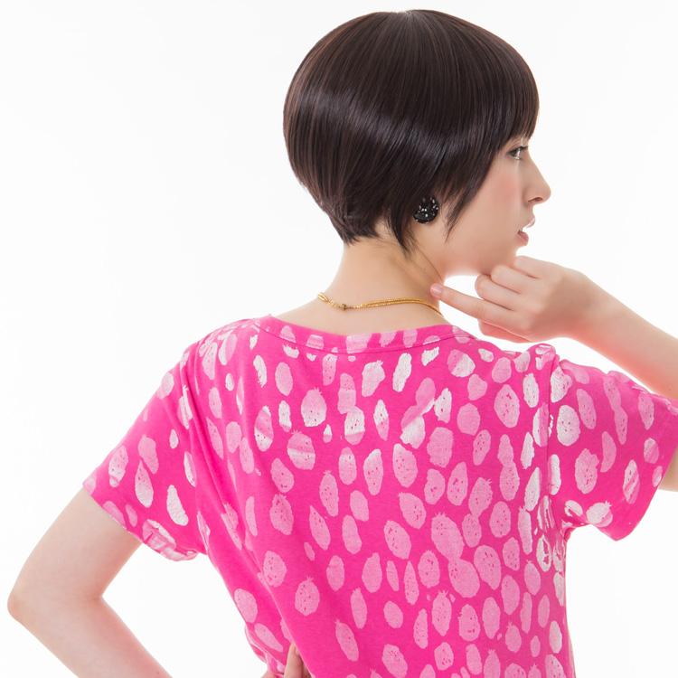 アクアドールのファッションフルウィッグ、「小顔ナチュラルショートウィッグ」のカラーSBKです。
