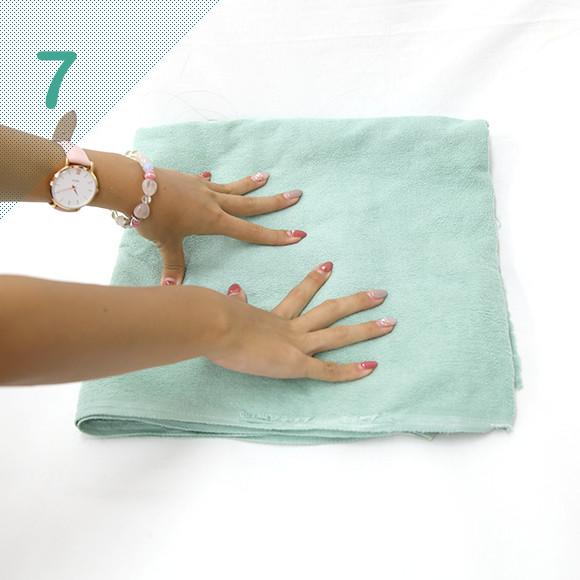 タオルで水分を吸い込み、更にしっかり水気をとる。