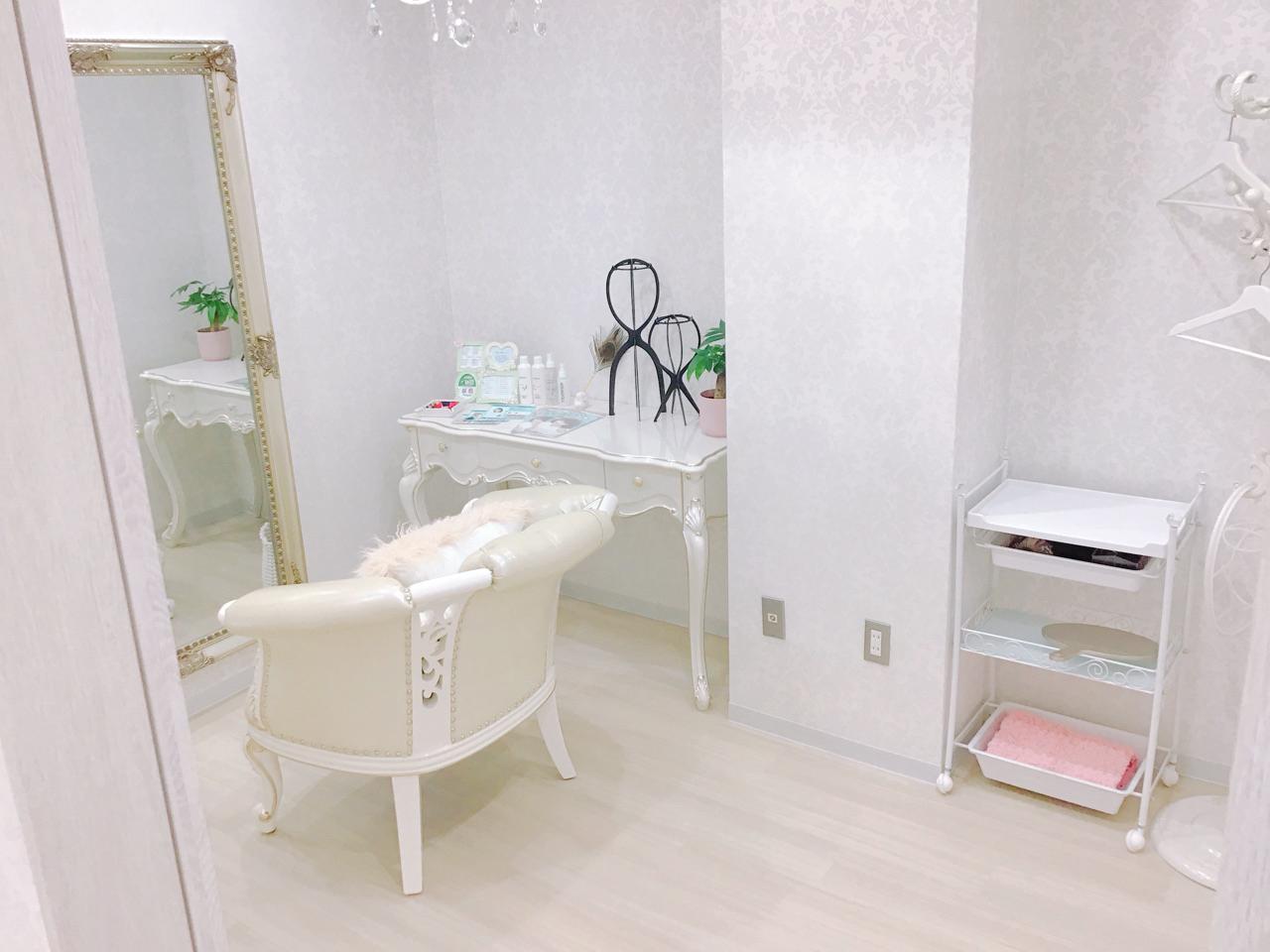 名古屋サロン店舗画像06 フィッティングルーム