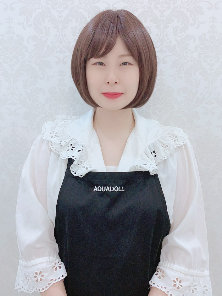 AQUADOLL新宿サロンスタッフ 吉野さん